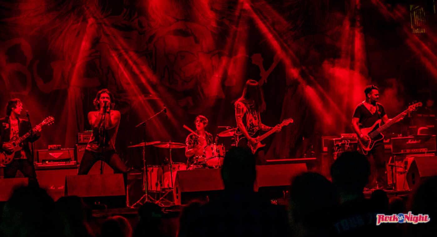 Moon Fever–The dreaded red light!