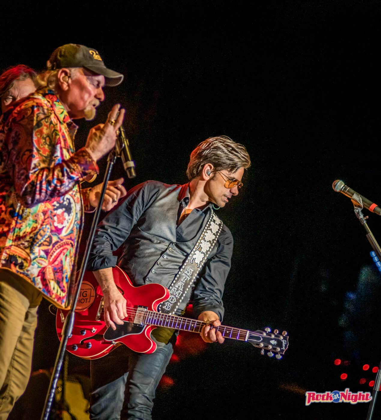 Mike Love and John Stamos-Beach Boys DSC_0294